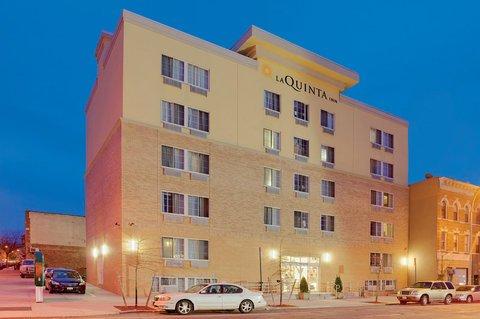 фото La Quinta Inn & Suites Brooklyn Downtown 612381070