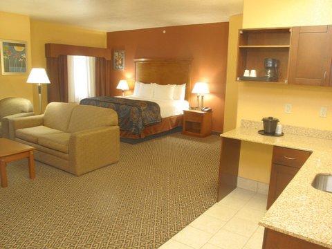 фото La Quinta Inn & Suites Ada 612435829