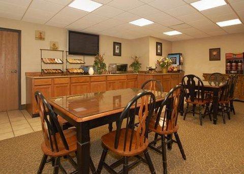 фото Comfort Inn & Suites 612789666