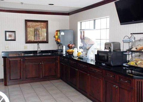 фото Econo Lodge Inn & Suites El Paso 612872097