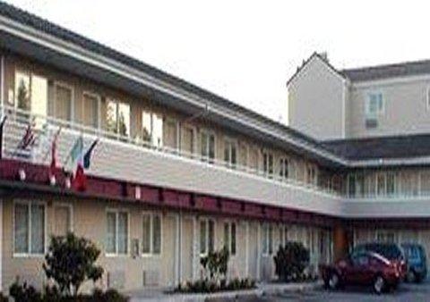 фото Econo Lodge North 612900883