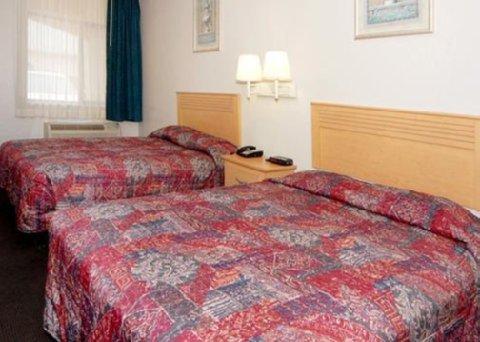 фото Rodeway Inn and Suites Houston 613215268
