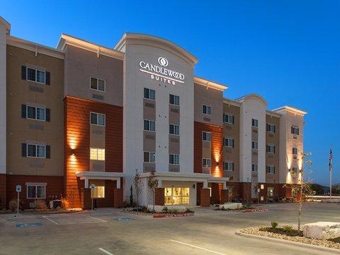 фото Candlewood Suites San Marcos 613231045
