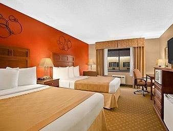 фото Ramada Grand Dakota Lodge & Conference Center 613624242