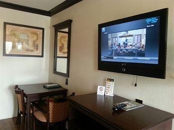 фото The BLVD Hotel Costa Mesa 613710243