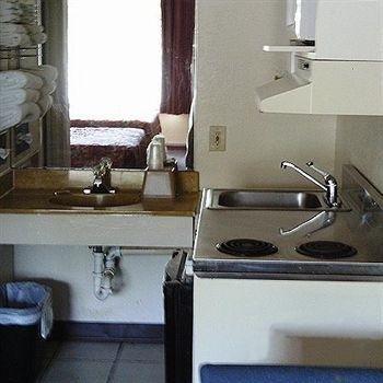 фото American Quality Lodge 614077896
