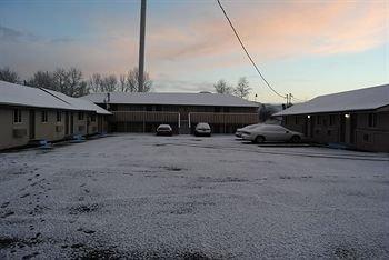 фото Plaza Motel 615215754