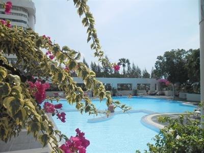 фото Apartment Friendly Jomtien Plaza Condotel 616136135