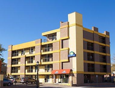 фото Days Inn Downtown Denver 617559305