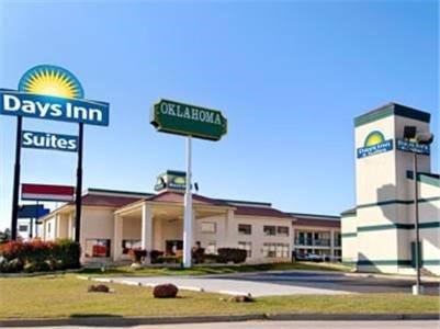 фото Days Inn and Suites Oklahoma City 621447327