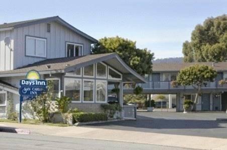 фото Downtown Monterey Days Inn 621448867
