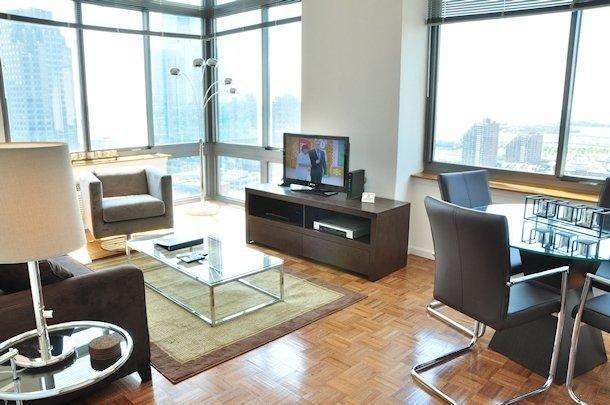 фото Sky City Apartments 50 Columbus 628047021