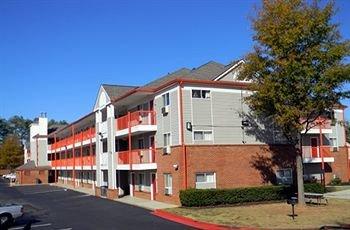 фото Stay Inn & Suites - Stockbridge 628788453