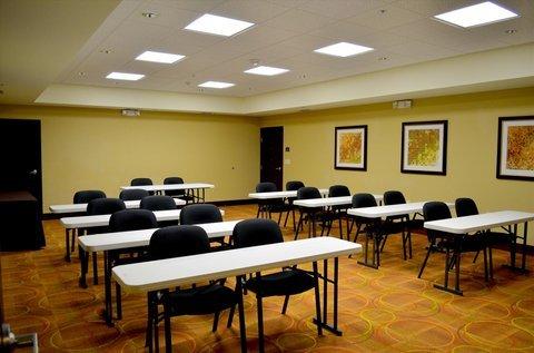 фото Staybridge Suites Longview 630530209