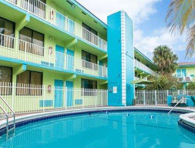 фото Travelodge Fort Lauderdale Beach 630592626
