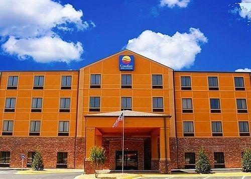 фото Comfort Inn & Suites Fort Gordon 631656210