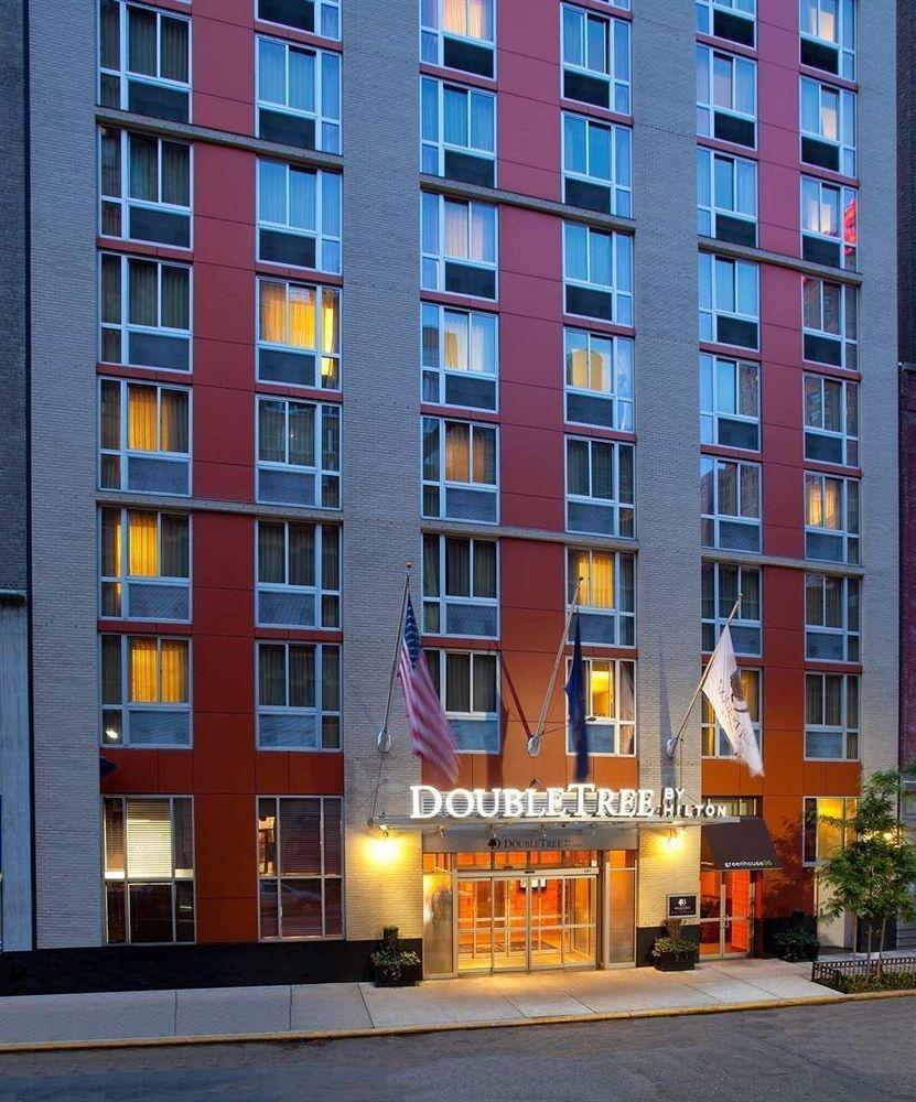 фото DoubleTree by Hilton New York Times Square South 631690847