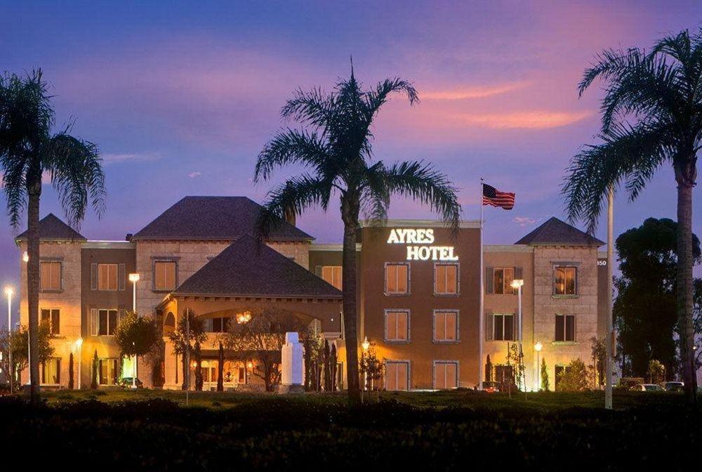 фото Ayres Hotel Seal Beach 631726278