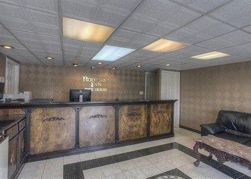 фото Rodeway Inn Concord 631730244