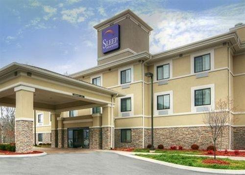 фото Sleep Inn & Suites 631737645