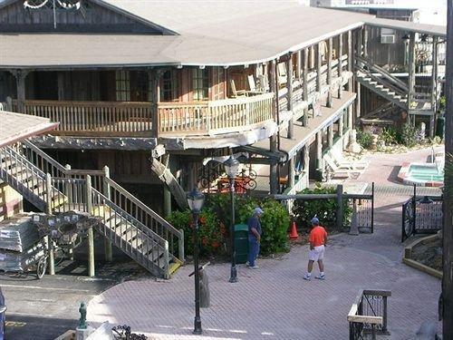фото Driftwood Resort 631745161