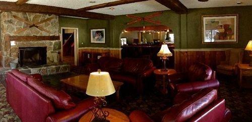 фото The Upper Pass Lodge at Magic Mountain 631752169