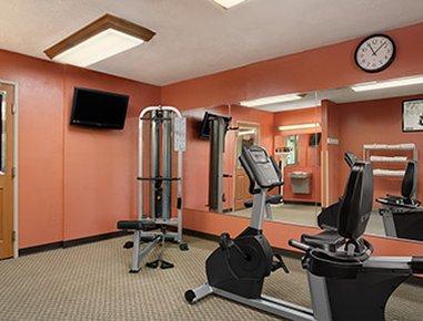 фото Baymont Inn & Suites - Sullivan 632076374