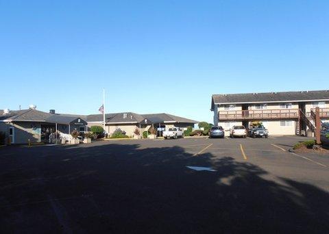 фото Clarion Inn Surfrider Resort 632285280