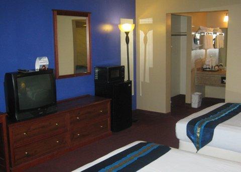 фото Rodeway Landmark Inn 632458488