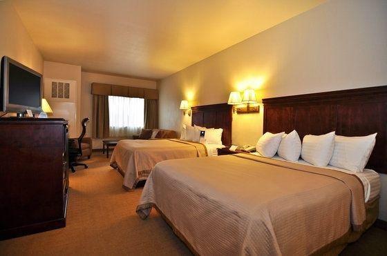 фото B/W Plus Timber Creek Inn & Suites 644066008