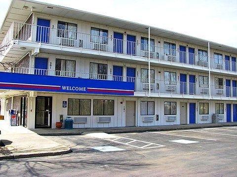 фото Motel 6 Cleveland East - Macedonia 644649393