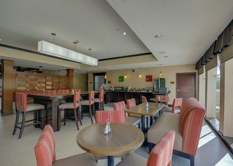 фото Comfort Inn & Suites FM1960-Champions 644683124