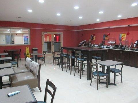 фото Best Western Plus - Magee Inn & Suites 644715355