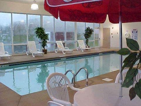 фото Holiday Inn Express Sumter 645270760