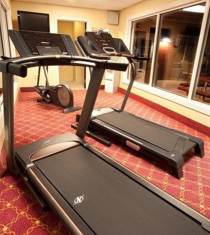 фото Holiday Inn Express Sumter 645270761