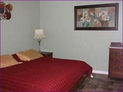 фото Hotel and Pecan Grove RV Park 652512552