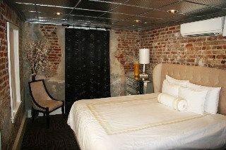 фото MAISON DE VILLE HOTEL 655275278