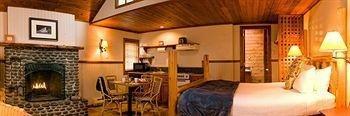 фото Hearthstone Inn 661523931