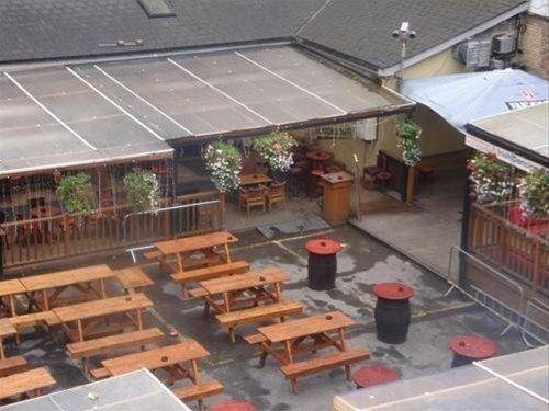фото The Gate Hotel 668074176