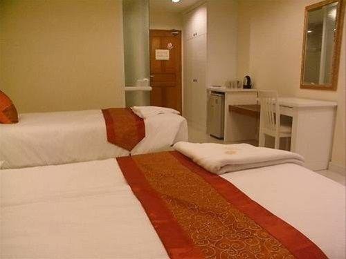 фото Sunsmile Resort Hotel 668330845