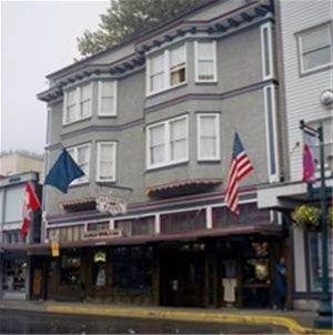 фото Alaskan Hotel and Bar 668574559
