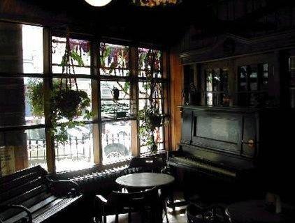 фото Alaskan Hotel and Bar 668574563