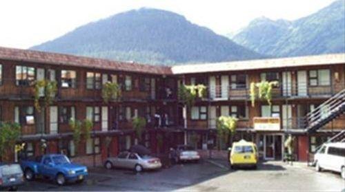 фото The Driftwood Lodge 668574566