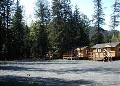 фото Bear Creek Cabins 668574596