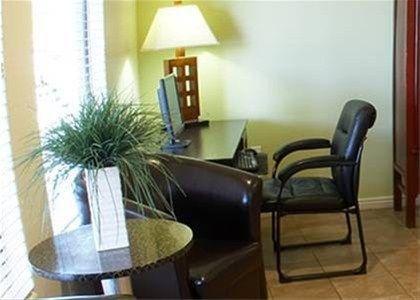 фото Premier Inns Tolleson 668576594