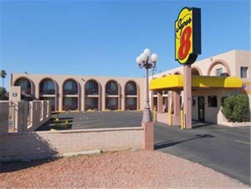 фото Super 8 East Tucson 668576757
