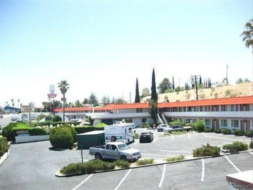 фото Desert Inn Motel 668577217