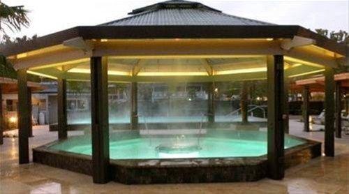 фото Calistoga Spa Hot Springs 668577451