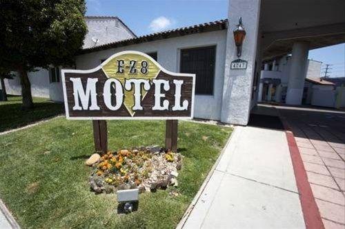 фото EZ 8 Motel Old Town 668581918
