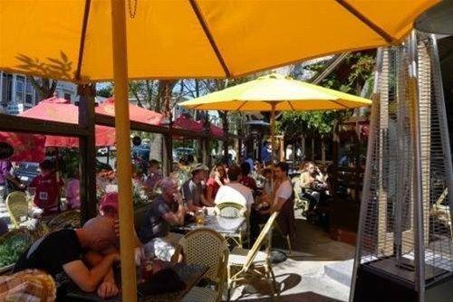 фото Luxury Castro Vacation Rentals 668582468